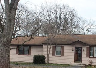 Pre Foreclosure in Williamstown 08094 CLAYTON RD - Property ID: 1124124366