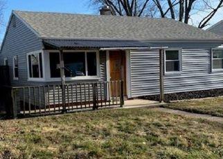 Pre Foreclosure in Hobart 46342 N DELAWARE ST - Property ID: 1125554351