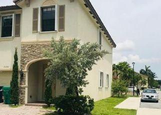 Pre Foreclosure in Miami 33196 SW 119TH LN - Property ID: 1125948976