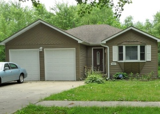Pre Foreclosure in Lake Station 46405 E 22ND AVE - Property ID: 1127218209