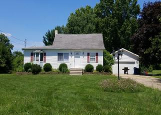 Pre Foreclosure in Akron 44319 JARVIS RD - Property ID: 1128527316