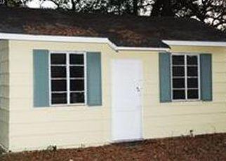Pre Foreclosure in Orlando 32808 PINE HILL CIR - Property ID: 1129486483
