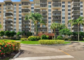 Pre Foreclosure in Fort Lauderdale 33319 INVERRARY DR - Property ID: 1129723877