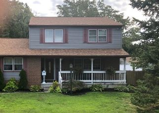 Pre Foreclosure in Woodbury Heights 08097 BARLOW AVE - Property ID: 1129942864