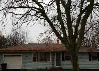 Pre Foreclosure in Elkhart 46517 OTTAWA DR - Property ID: 1130065486