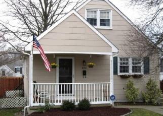 Pre Foreclosure in Morrisville 19067 OSBORNE AVE - Property ID: 1130114538