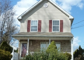 Pre Foreclosure in Trenton 08620 ROOSEVELT AVE - Property ID: 1132163829