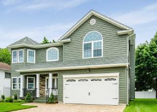 Pre Foreclosure in Merrick 11566 NOEL CT - Property ID: 1132420469