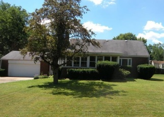 Pre Foreclosure in Youngstown 44515 HUNTMERE AVE - Property ID: 1132578130