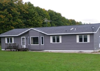 Pre Foreclosure in Oconto Falls 54154 SPLINTER CREEK LN - Property ID: 1133151448