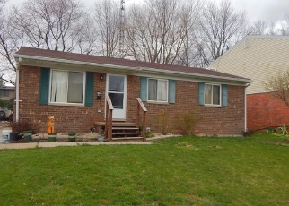 Pre Foreclosure in Toledo 43611 DAHLIA DR - Property ID: 1133583738