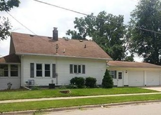 Pre Foreclosure in Janesville 53548 N WALNUT ST - Property ID: 1133773817