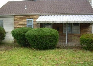 Pre Foreclosure in Youngstown 44515 N MAIN ST - Property ID: 1134097921