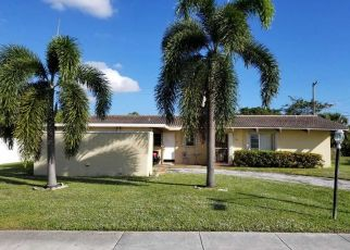 Pre Foreclosure in West Palm Beach 33401 CROSS WAY - Property ID: 1134361574