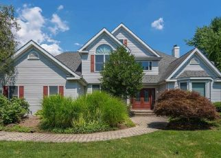 Pre Foreclosure in Huntington Station 11746 HONEY LOCUST CT - Property ID: 1134922619