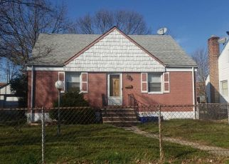 Pre Foreclosure in Hempstead 11550 CIRCLE DR - Property ID: 1135163507
