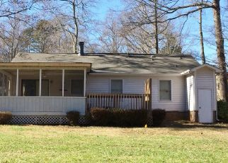 Pre Foreclosure in Charlotte 28212 BUTTERWICK LN - Property ID: 1136077557