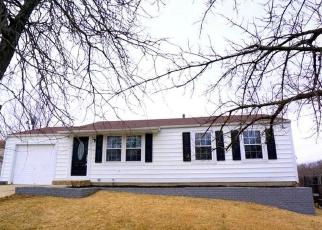 Pre Foreclosure in Cincinnati 45251 OVERDALE DR - Property ID: 1136330256