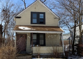 Pre Foreclosure in Cleveland 44112 OCTAVIA RD - Property ID: 1138329171