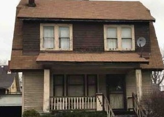 Pre Foreclosure in Cleveland 44112 GARDEN RD - Property ID: 1138334883