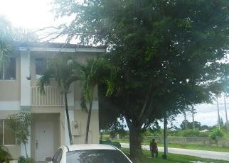 Pre Foreclosure in Miami 33177 SW 177TH TER - Property ID: 1138930965