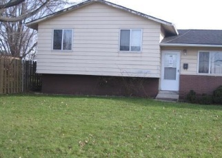 Pre Foreclosure in Brook Park 44142 WOLF RD - Property ID: 1139658877