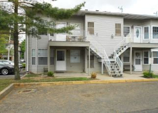 Pre Foreclosure in Staten Island 10306 RICHMOND RD - Property ID: 1140011885