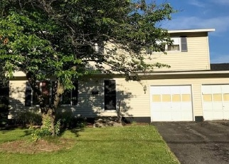 Pre Foreclosure in Liverpool 13088 SUNFLOWER DR - Property ID: 1140074503