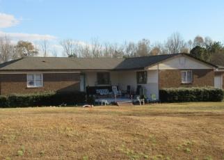 Pre Foreclosure in Fountain Inn 29644 BLUEBIRD DR - Property ID: 1140338156