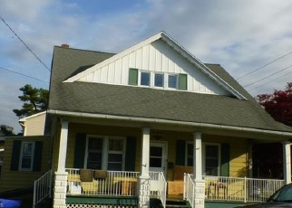 Pre Foreclosure in Womelsdorf 19567 W JEFFERSON ST - Property ID: 1141191333