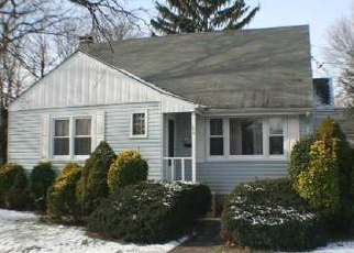 Pre Foreclosure in Ronkonkoma 11779 HAWKINS AVE - Property ID: 1141258792