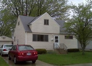 Pre Foreclosure in Brook Park 44142 GROSSE DR - Property ID: 1141574119