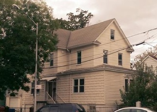 Pre Foreclosure in Bronx 10461 WILLOW LN - Property ID: 1142315173