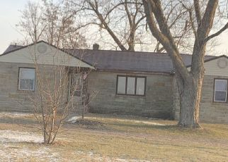 Pre Foreclosure in Bluffton 46714 ELM GROVE RD - Property ID: 1142440437