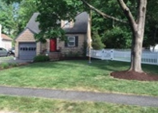 Pre Foreclosure in Livingston 07039 HAZELWOOD AVE - Property ID: 1142651995