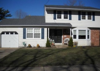 Pre Foreclosure in Woodbury Heights 08097 MOORE ST - Property ID: 1142686585