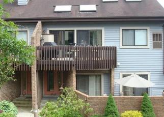 Pre Foreclosure in Coraopolis 15108 LEONA LN - Property ID: 1142856966
