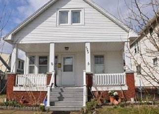 Pre Foreclosure in Lakewood 44107 CLARENCE AVE - Property ID: 1143122811