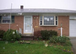 Pre Foreclosure in Cincinnati 45238 WOODLAKE DR - Property ID: 1143141644