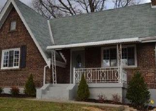 Pre Foreclosure in Cincinnati 45237 KENOVA AVE - Property ID: 1143177554