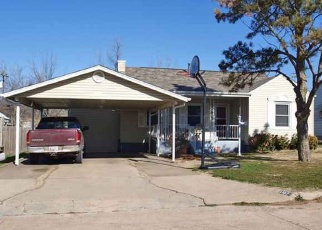 Pre Foreclosure in Lawton 73507 NW MAPLE AVE - Property ID: 1144348249