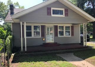 Pre Foreclosure in Okmulgee 74447 E 20TH ST - Property ID: 1144358320