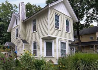 Pre Foreclosure in Cold Spring Harbor 11724 MAIN ST - Property ID: 1144487981