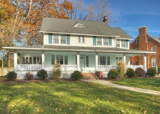 Pre Foreclosure in Lakewood 44107 LAKE RD - Property ID: 1144799367