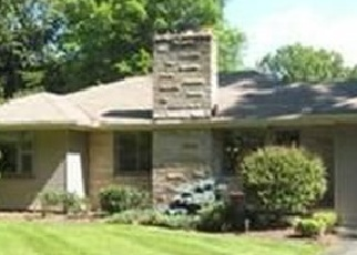 Pre Foreclosure in Youngstown 44511 SHIELDS RD - Property ID: 1145211949