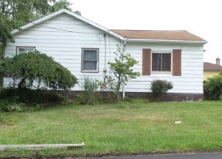 Pre Foreclosure in Youngstown 44509 BURBANK AVE - Property ID: 1145212373