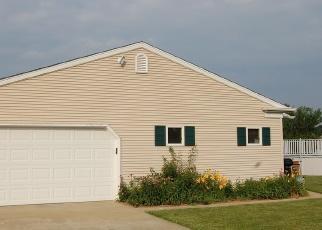 Pre Foreclosure in Mahomet 61853 FOGEL RD - Property ID: 1145310485