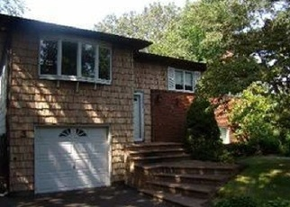 Pre Foreclosure in Hauppauge 11788 DALE LN - Property ID: 1145318811