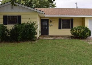 Pre Foreclosure in Enid 73701 E CEDAR AVE - Property ID: 1145748459