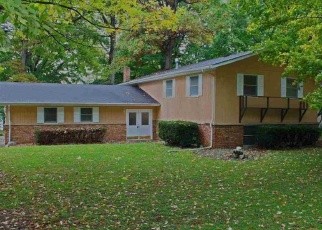 Pre Foreclosure in Plymouth 46563 LAWRENCE LAKE DR - Property ID: 1146398860